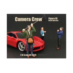 """Camera Crew Figure II """"Crew Holding Reflector"""" For 1:18 Scale Models by American Diorama"""