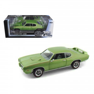 1969 Pontiac GTO Judge Green American Muscle 20th Anniversary Edition 1/18 Diecast Model Car by Autoworld AMM960