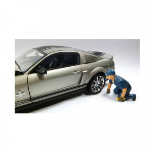 Tow Truck Driver Operator Scott Figure For 1:18 Scale Diecast Car Models by American Diorama 23793