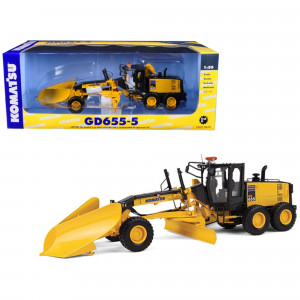 Komatsu GD655-5 Motor Grader with V-Plow and Wing 1/50 Diecast Model by First Gear 50-3266