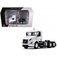Volvo VNR 300 Day Cab White 1/64 Diecast Model by First Gear 60-0372