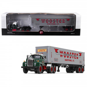 Mack B-61 Day Cab Green with 40' Vintage Trailer Wooster Express Inc. 15th in a Fallen Flag Series 1/64 Diecast Model by First Gear 60-0410
