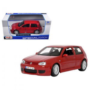 Volkswagen Golf R32 Red 1/24 Diecast Model Car by Maisto